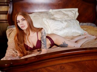 Camshow shows LunaWay