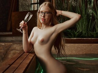 Private camshow MilenaBlond